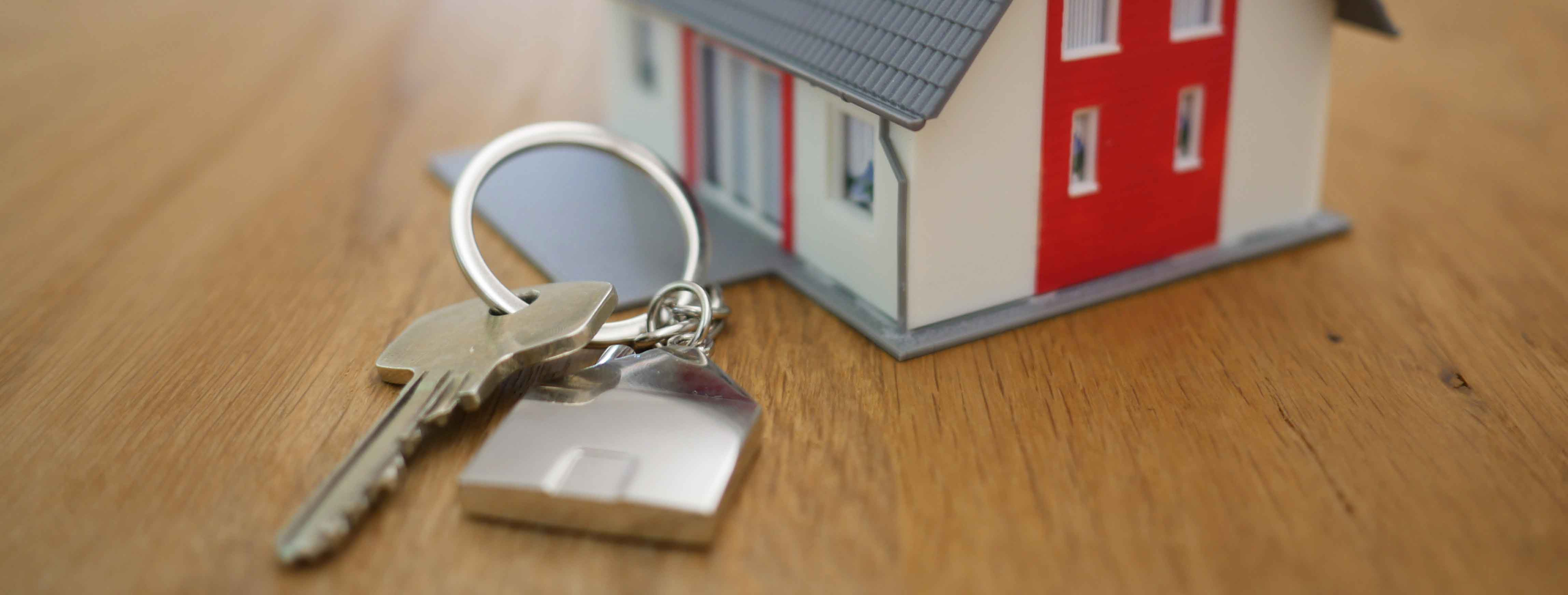 Hot market or cold market? Know what the market is when buying a home.